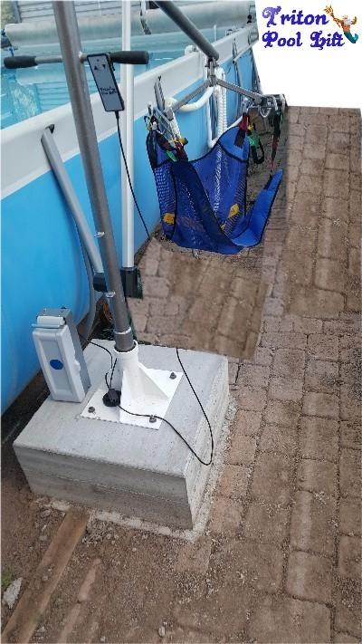 Portable Handicap Pool Lift